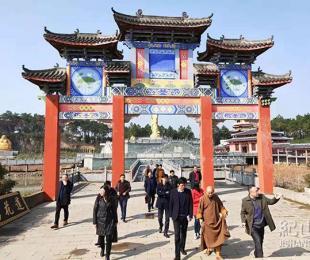 沙洋县杨伟波副县长一行对我寺庙会前期准备工作检查指导